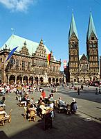 Town Hall and cathedral. Marketplatz. Bremen. Germany