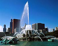 Buckingham Fountain at Grant Park. Chicago. USA