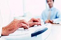 Geschäftsmann Hand Tastatur