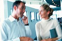 Geschäftsfrau Geschäftsmann Handy telefonieren