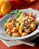 Gnocchi with tomatoes and peppers