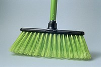 Broom (thumbnail)