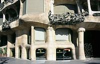 Entrance to Milà House, aka 'La Pedrera' (Gaudí, 1906-1912). Barcelona. Spain