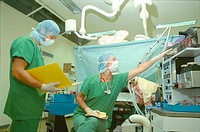 ANESTHETIST<BR>Photo essay.