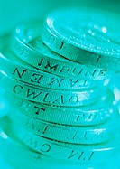 Closeup of latin inscription on British pound coins (thumbnail)