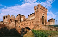 Rocca Sforzesca (1473-1475) in Soncino. Lombardy, Italy
