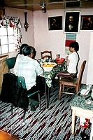geography / travel, USA, Alaska, people, Eskimos, Eskimo family at home, father, child, kitchen, table,