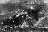 Ereignisse hist.- 1. Weltkrieg, Westfront,  Schlacht bei Verdun 22.2.- 2.9.1916, Festung Verdun mit ihren östlichen Außenforts, deutsches Luftbild, 22...