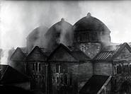 Nationalsozialismus - Judenverfolgung, Reichskristallnacht 9./10.11.1938,  brennende Synagoge, Fasanenstraße, Berlin Charlottenburg Deutschland, hist,...