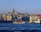 Geografie, Türkei, Istanbul, Stadtansichten, Blick über das Goldene Horn auf den  Stadtteil Beyoglu mit Galataturm  übersicht, ansicht, unesco, welter...