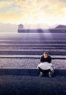 Dokumentarfilm, ´Die letzten Tage´ (The last days), USA 1998, Regie James Moll, Szene mit Bill Basch,  Artwort zum Filmplakat, konzentrationslager im ...