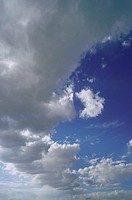 A large bank of cumulus cloud (thumbnail)