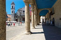 View of Plaza de la Catedral and San Cristobal Cathedral (Catedral de San Cristobal) as seen from under the arcade joining Palacio del Conde Lombillo ...