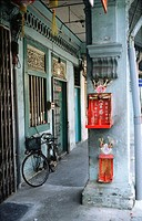 Alley in Chinatown. Singapore