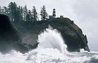Wave. Cape Disappointment. Washington. USA.