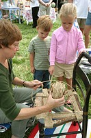 Weaving at Sunday farm and flea markets. Leesburg. Loudoun County, Virginia. USA