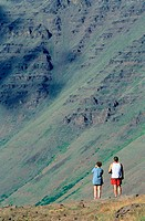Couple at Kiger Gorge Steens Mountains. Oregon. USA