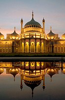 UK, England, Sussex, Brighton, Royal Pavilion at dusk