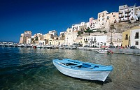Castellammare del Golfo: harbour and fishermen's houses. Sicily, Italy