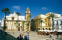 Iglesia de Santiago. Cathedral Square. Cádiz. Andalusia. Spain
