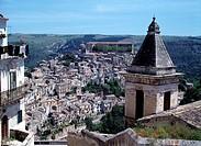 Ragusa Ibla, Stadtansicht mit S. Maria delle Scale/ Westansicht