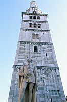 italy, emilia romagna, modena, piazza grande, cathedral, the ghirlandina  tower
