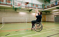 Disabled man playing basketball (thumbnail)