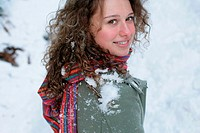 Woman with snow on her shoulder (thumbnail)