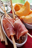 Parma ham with grissini, melon (thumbnail)