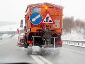 Salt truck on freeway near Mülligen, Switzerland