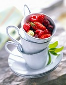 Pan-fried summer fruit in cup
