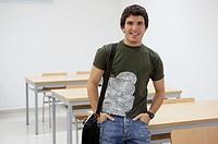 Student. Escuela Universitaria Politecnica, UPV (Universidad del Pais Vasco), Campus de Gipuzkoa. San Sebastián, Euskadi, Spain