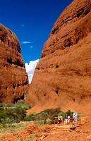 Australia, Kata Tjuta Mountains, Northern Territory, Olgas, Outback, rock, scenery, landscape, tourist, Walpa Gorge