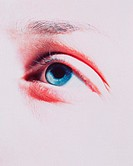 Woman´s blue eye.