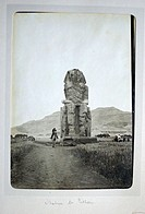Egypt, Luxor west bank, Colosse of Memnon in the early 1920s.
