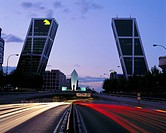 10473796, Castillo, Kyo towers, rooks, Madrid, at night, place, crooked, slantwise, Spain, Europe, town highway, tunnel entran