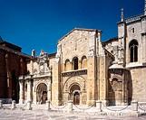 Royal Romanesque collegiate church of San Isidoro, León. Castilla-León, Spain