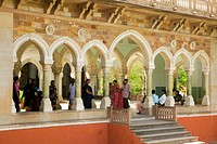 Group of people standing under an archway, Government Central Museum, Jaipur, Rajasthan, India