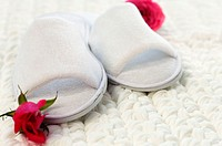 Luxurious slippers with thick bath mat