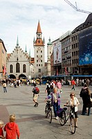 Germany, Bavaria, Munich. marienplatz and the old City Hall