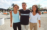 Young man with his two young women (thumbnail)
