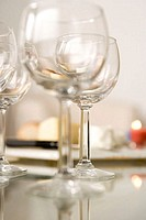 Wine glasses (thumbnail)