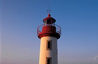 France, Brittany, Erguy lighthouse (thumbnail)