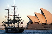Australia, Sydney Opera house and the replica of the HMS Bounty