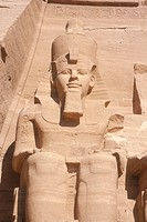 Abu-Simbel,-Nubian-Temple-of-Ramses-II,-300km-from-Aswan-on-Lake-Nasser,-Egypt
