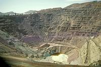 Open-Pit-Copper-Mine,-Lavender-Pit,-Bisbee,-AZ