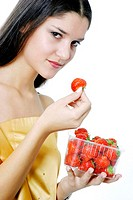 Woman holding a box of strawberries (thumbnail)