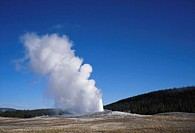 USA, Wyoming, Yellowstone National Park, Old Faithful