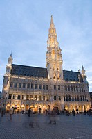 Belgium, Brussels, Grand Place and town hall, dusk