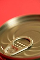Clip on top of a can (part of), close-up